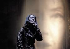 Faenza. Monica Guerritore rievoca la controversa figura di Oriana Fallaci.