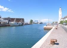 Rimini. Contro il degrado la Polizia municipale interviene in zona ponte dei Mille