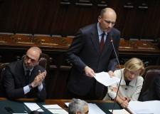 I numeri del governo alla Camera: 453 sì e 153 no.
