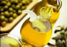 Economia. Olio d'oliva: ora le etichette saranno più chiare.