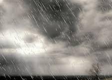 Italia. 3bmeteo.com: 'Italia spezzata in due: veloci temporali al nord, 30° al sud'.