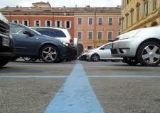 Faenza. Segnaletica blu, continuano fino a domani i lavori di ripristino sulle strade cittadine.