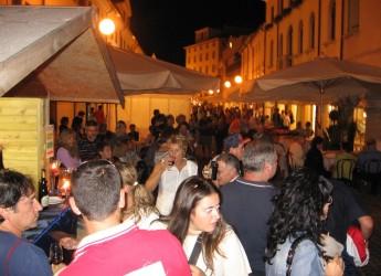 Santarcangelo. Doppio appuntamento con 'Calici di Stelle', assaggi e degustazioni di oltre cinquanta aziende vinicole. Le Marche saranno la regione ospite.
