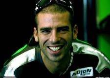 Cervia. I campioni di MotoGP e SBK si sfidano sulla spiaggia del Fantini Club per beneficenza.