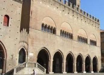Rimini. Incontri e rassegne. Conversazioni intorno a un reperto archeologico di Maria Grazia Maioli.