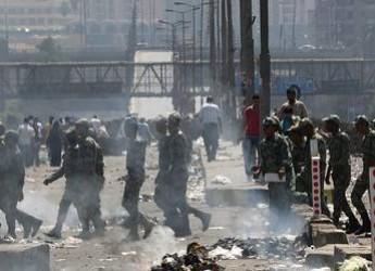 Notizie dal mondo. Al Cairo, il 'giorno della collera' si è concluso con una nuova strage.