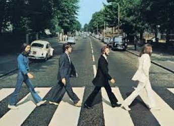 Bellaria Igea Marina. Tributo ai Beatles con 'The Menlove' per il secondo appuntamento de 'I mercoledì a casa di Alfredo'.