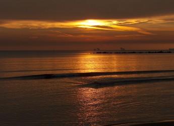 Ravenna. Turismo e ambiente. Confermata da Arpa la balneabilità delle acque dei nove lidi ravennati. Le analisi risalgono al 17 agosto scorso.