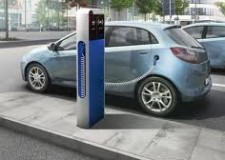 Mobilità sostenibile. Ravenna. Tornano in funzione le 5 colonnine per la ricarica elettrica dei veicoli.