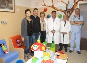 Faenza. Un arredo completo per la sala giochi della Pediatria dell'ospedale.
