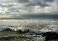 Ravenna. La Protezione Civile dirama una nuova allerta meteo fino a mercoledì mattina, particolare attenzione per lo stato del mare.