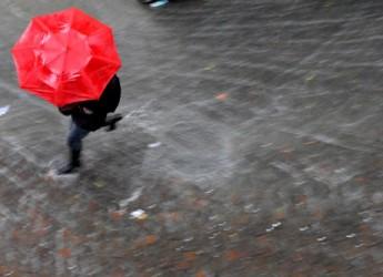 Ravenna. Allerta della protezione civile per temporali fino alla mezzanotte di martedì 28 aprile. Attenzione alta per l'innalzamento dei fiumi.