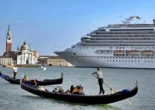 Italia. Venezia, stop al transito delle grandi navi dal 1° novembre 2014.