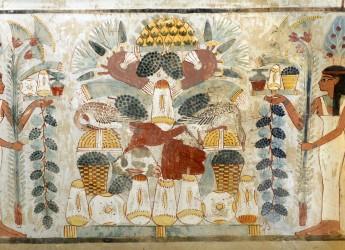 Archeologia. Come si beveva nell'Antico Egitto. Nella mostra ' Il passato nel bicchiere'  ( Alba-Cuneo).