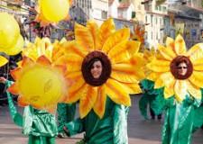 Gatteo Mare. Parata brasiliana in stile Rio de Janeiro per dare il via alla settimana del Carnevale. Sabato i carri allegorici.