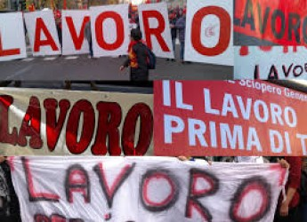 Argomenti. Emma Petitti, parlamentare Pd: ' Jobs act e mercato del Lavoro, ora inizia il confronto'.