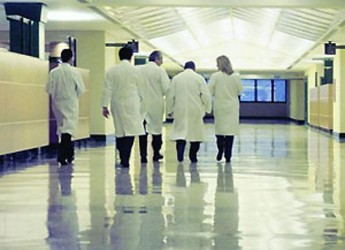 Cesena. Il rettore dell'Alma Mater ha incontrato i sindaci per parlare di sviluppo della sanità in Romagna.