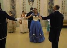 Emilia Romagna. Faenza. Emozioni del passato, nel gran ballo ottocentesco in costume.