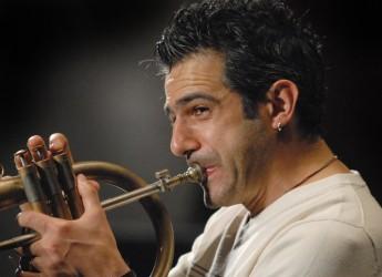 Fusignano. Musica. Al teatro Moderno il concerto del duo composto da Paolo Fresu e Daniele Di Bonaventura.