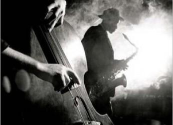 Emilia Romagna. Bologna Jazz Festival, un intero mese a pieno ritmo, con grandi star nei principali teatri della città.