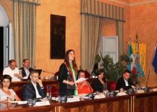 Santarcangelo d/Romagna. Insediato nuovo Consiglio comunale. Il giuramento del sindaco Alice Parma.