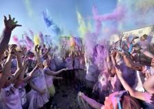 Rimini. Nela città romagnola, per la prima volta, 'The Color Run'. Una giornata di gioia e divertimento.