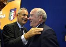 Notizie ( non solo) di calcio. Tavecchio e solo Tavecchio. Il Napoli e l'appuntamento Champions.