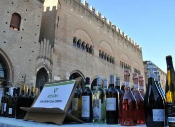 Tappa a Rimini per Tramonto DiVino: giovedì 28, in piazza Cavour, con oltre 300 vini del territorio.