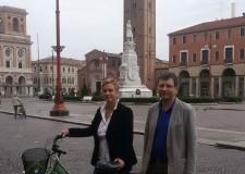 Forlì. Consegnato questa mattina il premio di 'Forlì green vinci la bici'.