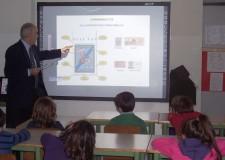Rimini. Parte il progetto filatelia a scuola nella Provincia di Rimini.