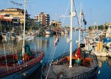 Bellaria Igea Marina. Con i guardiani del mare, la pesca incontra la scuola. Per oltre 400 alunni, attività in classe e visite guidate in mare.