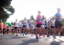 Rimini. Pronti via. La seconda edizione della Rimini Marathon si arricchisce della 'Ten miles', ovvero 16Km.