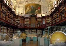 Ravenna. Inaugurazione della mostra 'Segni per Dante' alla Biblioteca Classense di Paolo Gubinelli in omaggio al Sommo Poeta.