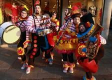 Riccione. L'arte circense stupirà ospiti e cittadini della Perla per le vie del centro.
