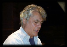 Italia. Bruno Aprea dalle note alle parole, dal 14 in libreria il suo libro 'Filofosofeggiando'.