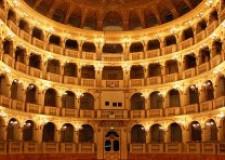 Bologna. Teatro Comunale. Dipendenti fortemente preoccupati per il ritardo nel pagamento dello stipendio di agosto e settembre.