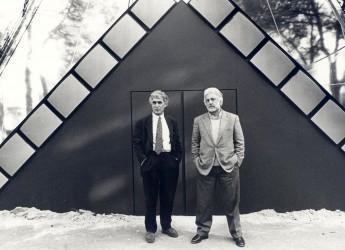 Riccione. La morte di Luca Ronconi addolora tutto il teatro, il ricordo di Riccione Teatro al regista che fu membro della giuria del Premio dal 1989 al 2007.