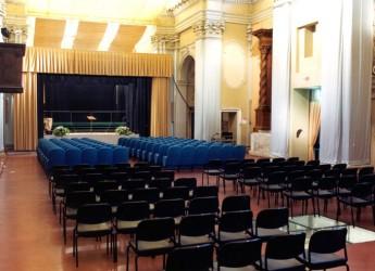 Massa Lombarda. Al Teatro della Sala del Carmine va in scena lo spettacolo 'Il mago di Oz' curato da Rosa Granata e Lorenzo Bassani.