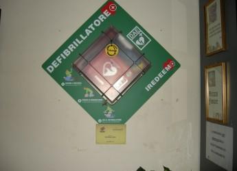 Ravenna. Sicurezza e sport. Un incontro sull'obbligo di dotarsi di defibrillatori con cittadini e società sportive.