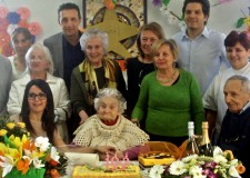 Massa Lombarda. La signora Palma Lolli ha festeggiato i 103 anni, è stata per decenni la ricamatrice della città.