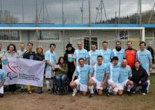 San Marino. Si è giocata la partita del cuore tra la nazionale italiana prestigiatori e gli over 65 sammarinesi. Il ricavato al Comitato Paralimpico.