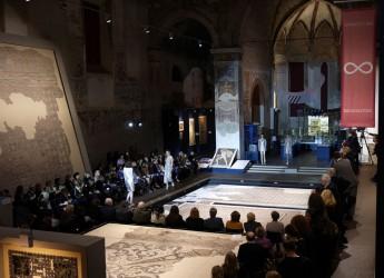 Ravenna. Terzo successo per la sfilata di Cristina Rocca dal titolo 'Le sirene' che si è svolta al Museo Tamo.
