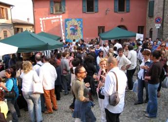 Dozza. Il buon vino protagonista del week end con l'Albana come ospite speciale. Saranno 16 le cantine che offriranno degustazioni.