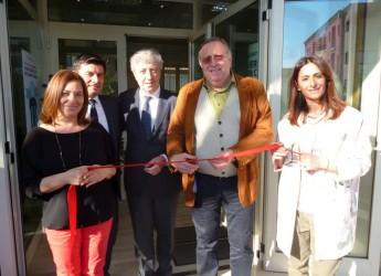 Riccione. Assicoop Romagna Futura ha inaugurato la nuova sede in via Fratelli Cervi. Presente il presidente del gruppo Lorenzo Cottignoli.