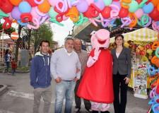 Lugo. Inaugurato il luna park in occasione della Fiera di San Francesco, le giostre rimarranno in piazza Garibaldi fino al 27 aprile prossimo.