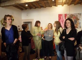 Lugo. Fino a domenica a Casa Rossini la mostra di arti femminili 'Mondo Rosa'. Quest'anno la quinta edizione.