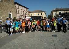 Ravenna. Studenti in gita in bicicletta per un viaggio avventuroso tra le bellezze naturali della pineta di Classe. Quante esperienze.