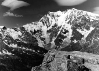Italia. Castellanza. Il CAI festeggia i 70 anni con una mostra fotografica dedicata dal titolo 'Ritratto della montagna'.