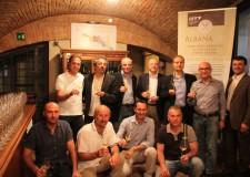Dozza. E' di Imola il miglior 'albana secco' lunghe macerazioni della Romagna. Successo del Codronchio della fattoria Monticino Rosso.