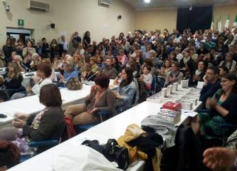 Conselice. Bagno di folla alla presentazione del libro di Lucia Annibali dal titolo 'Io ci sono. La mia storia di non amore'.